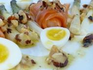 Recette salade d'asperges au saumon fumé