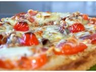 Recette brushetta improvisée aux tomates, jambon cru, mozzarella
