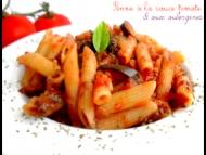 Recette penne à la sauce tomate et aux aubergines