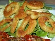 Recette beignets de calamars frits sur lit de salade