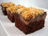 Recette carrés moelleux choco-poires-ganache, crumble aux amandes