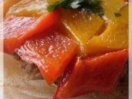 Recette mosaïque de poivrons sur tatin de bricks
