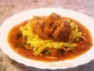 Recette cuissot de porc à la sauce tomates sur lit de tagliatelles