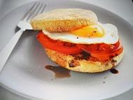 Recette muffin à l'oeuf et à la tomate