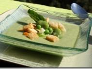 Recette velouté printanier aux légumes verts et croûtons